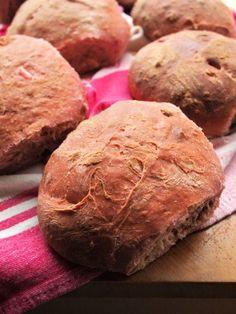 Beetroot and Walnut Bread Rolls