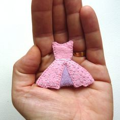 Felt Brooch 1950s Style Dress Pastel Pink with Lilac Polkadots - MOLLY