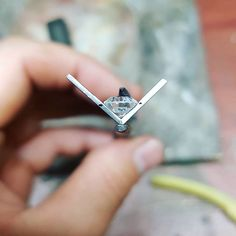 Getting the perfect angle to seat this 1.2ct diamond, really fortunate to have some fun pieces lately