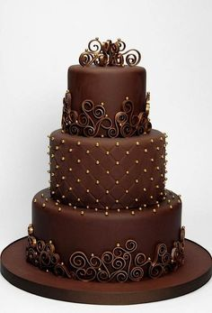 Wedding Cake--beauty in chocolate.                                                                                                                                                     More