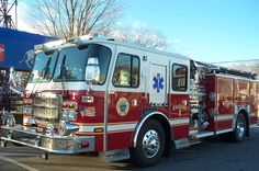 York Beach Fire Department (ME) 2006 E-One Typhoon: 1500 Gallon Per Minute Hale pump, 500 gallons of water with a CAFS #fire #engine #setcom