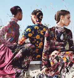 The Patternbank team stumbled across this beautifully styled editorial shoot from US Allure magazine, August 2017 edition. A rich mix of artisan folk florals and crafted pattern takes you to lands far away. Photographed by Sharif Hamza and styling by Elizabeth Fraser-Bell – stunning!