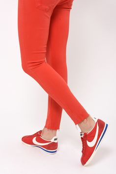 Skinny cropped Cimarron x Nike Cortez #red