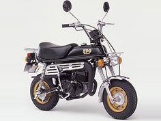 EPO SUZUKI Mini Motorbike, Motorcycle Art, Custom Mini Bike, 50cc Moped, Suzuki Gsx, Bike Life, Vespa, Cars And Motorcycles, Motorbikes