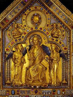 The Shrine of the Three Kings, c.1200, in Cologne Cathedral. (Koelner-dom.de)