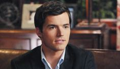 Pretty Little Liars: 5 Times We Thought Ezra Was 'A'