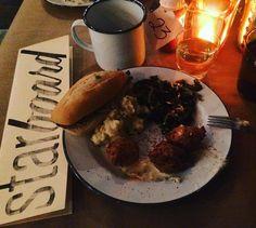 Best cure for winter rut = try to new neighborhood restaurant! #eyespysf#sanfrancisco#sf#onlyinsf#alwayssf#nowrongwaysf#mysanfrancisco#howsfseessf#hiddensf#streetsofsf#exploresf#igers#instagrammers#igerssf#sanfrancitizens#wildbayarea#bestofbayarea#bayarea#culturetrippers#makemoments#photgraphy#photooftheday#bayareashots#iheartsf#ilovesf#california#northerncalifornia