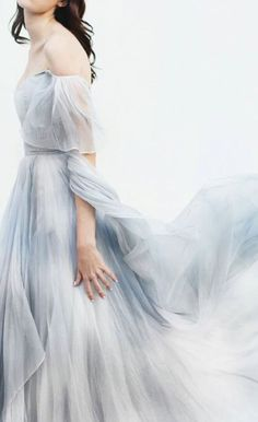 Shared by ℓυηα мι αηgєℓ ♡. Find images and videos on We Heart It - the app to get lost in what you love. Bridesmaid Dresses, Prom Dresses, Formal Dresses, Wedding Dresses, Princess Aesthetic, Lovely Dresses, Blue Wedding, Marie, Ideias Fashion