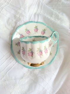 Reserved for Olav - Rosina Floral Tea Cup Saucer Vintage Cups, China Tea Cups, Teapots And Cups, My Cup Of Tea, Tea Cup Saucer, Tea Time, Tea Party, Decoration, Tea Sets