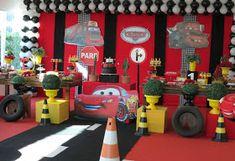 Festa Provençal - Site Oficial: Festa Carros da Disney! Car Themed Parties, Cars Birthday Parties, Baby Birthday, Hot Wheels Birthday, Disney Cars Party, Race Car Party, Car Themes, Baby Party, Birthdays