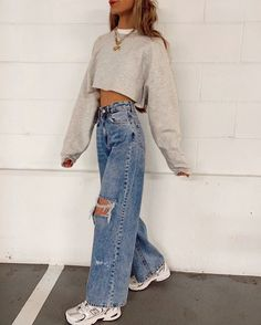 Stylish outfit idea to copy ♥ For more inspiration join our group Amazing Things ♥ You might also like these related products: - Jeans ->. Retro Outfits, Cute Casual Outfits, Vintage Outfits, Edgy Outfits, Grunge Outfits, Vintage Clothing Styles, Teen Outfits, Rock Outfits, Teenager Outfits