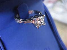 Tacori platinum GIA .81 F/VS1 Blue Nile Signature Ideal Diamond Engagement Ring