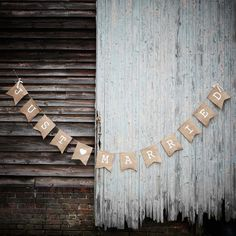 Our Just Married Hessian Burlap wedding bunting helps create a fun and relaxed mood at any wedding venue, and really adds to the photography on the day. Great decorations for craft and DIY weddings.Just Married Hessian Burlap Bunting - Our rustic hessian Hessian Wedding, Wedding Bunting, Rustic Wedding, Wedding Country, Autumn Wedding, Hessian Bunting, Vintage Bunting, Bunting Banner, Party Bunting