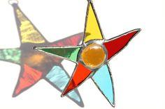 Etoile dansante multicolore en Vitrail  Mobile par AtelierBleuVerre