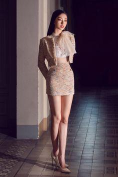 Korean Girl Fashion, Ulzzang Fashion, Kpop Fashion Outfits, Korean Outfits, Asian Fashion, Look Fashion, Fashion Dresses, High Fashion, Classy Outfits