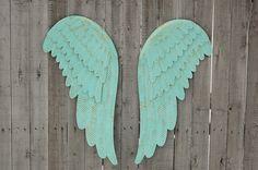 MInt green angel wings