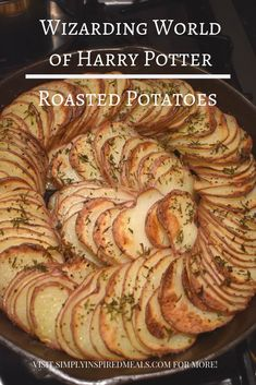 Wizarding World Roasted Potatoes inspired by Universal Studios Hollywood Three Broomsticks menu. These are super tasty potatoes that are easy to make and look beautiful on the table. Roasted Potato Recipes, Roasted Potatoes, Harry Potter Food, Harry Potter Recipes, Pumpkin Juice, Sweet Potato Muffins, Tasty, Yummy Food, Healthy Food
