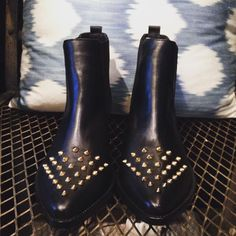 #boots #fashionboots #instagood #itshoes #bohofashion #bohochic #bohochicbooties #streetfashion #shoelover #shoes #shoesoftheday #fashion #leather #leathershoes #leatherboots #style #fashionstyle #instafashion #stylish #perfectforsummer #perfectforspring #cool #love #fashionvibe #itshoes #isisalarcon #fashionblog #latraficantedezapatos #style #fashionstyle #inspo #fashiongram #booties #trendygirls #justforitgirls #worldwideshipping #mustwear #shoeaholic #handmade