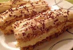 Karácsonyi diós sütemény vaníliás krémmel