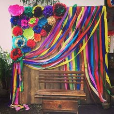 15 ideas for bridal party ideas theme mexican fiesta Mexican Birthday Parties, Mexican Fiesta Party, Fiesta Theme Party, Mexico Party Theme, Fiesta Gender Reveal Party, Colorful Birthday Party, Taco Party, Mexican Party Decorations, Streamer Decorations