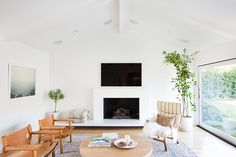 AMBER INTERIORS Before + After::Client of the Mid Century