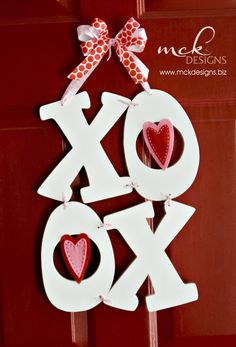 DIY Valentine Door Hanger