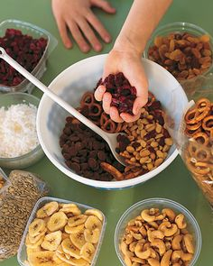 Summer trail mix homemade do it yourself and outdoor activities plan a picnic lunch with the kids healthy toddler snackstoddler solutioingenieria Gallery