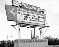 Mustang Drive-In Theater Chandler Old Buildings, Abandoned Buildings, Drive In Movie Theater, Magic City, Birmingham Alabama, Sweet Home Alabama, Good Ole, Back To Nature, Old Tv