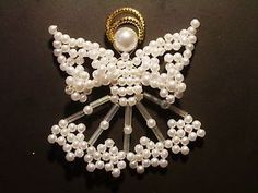 Baumschmuck: Perlen - Wunderschöner Engel aus Perlen / Weiß - ein Designerstück von Kleines_mit_Herz bei DaWanda