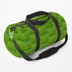 Overlapping green leaf pattern duffle bag - Ideal for sports or short breaks - #dufflebags #bags #findyourthing