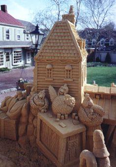 Professional Sand Sculptures and Sand Castles Snow Sculptures, Sculpture Art, Wassily Kandinsky, Shells And Sand, Ice Art, Sand Painting, Snow Art, Beach Art, Sand Beach