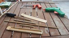 Reciclando restos de nochevieja! :) barrera para ceniza de porta incienso con restos de palos de petardos
