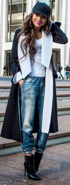 Zendaya Maree is mixing high fashion with urban fashion at the New York Fashion Week F/W 2014 - jeans detail