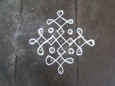 Rangoli designs/Kolam: S.No. 52 :-7-1 ner pulli kolam