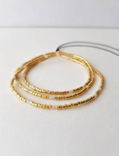 Seed Bead Bracelets, Bracelet Sizes, White Beads, Gold Beads, Gifts For Friends, Gifts For Her, Minimalist Necklace, How To Make Beads, Beaded Jewelry