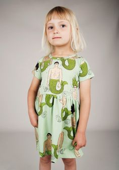 Today we bring you a preview of Mini Rodini new collection for 2015 Spring-Summer season. Children will love it! As it tends to do, this Sweden brand uses contrasts and …