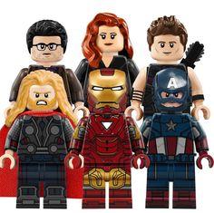 Avengers unites you ! Avengers unites you ! Avengers unites you ! Avengers unites you ! Lego Marvel's Avengers, Avengers Characters, Bolo Lego, Lego Hacks, Lego Custom Minifigures, Pokemon, Die Rächer, Cool Lego Creations, Lego Dc