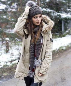 #мода #стиль #аксессуары #пуховик #шарф #уличныйстиль #casual #fashion #streetstyle #mypositivestyles
