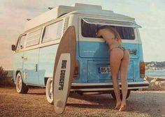 Kombi, friend my! Volkswagen Transporter, Volkswagen Bus, Vw T1, Vw Camper, Campers, Vans Girls, Surf Girls, Beach Girls, Sexy Cars