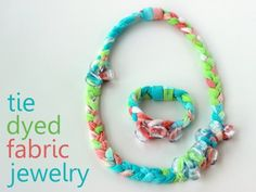 tie-dye fabric necklace & bracelet jewelry tutorial (how to make ribbon from old t-shirts and dye them yourself)
