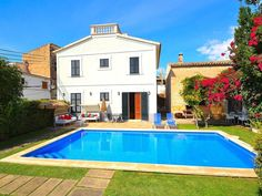 Can Bombarda - Mallorcan villa fully equipped in LLubi 034 - Llubí Outdoor Decor, Home Decor, Swiming Pool, Home, Majorca, Pets, Pet Dogs, Sevilla Spain, Cottage House