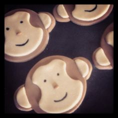 Monkey cupcake toppers!