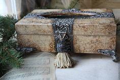 """Купить Салфетница """"Ланцелот"""" - комбинированный, слоновая кость, латунь, состаренный металл, салфетница, салфетница декупаж"""