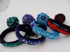 Ethno+Armband+bestickt+mit+Perlen+und+Pailletten+von+MuMus+Zauberwerkstatt+auf+DaWanda.com
