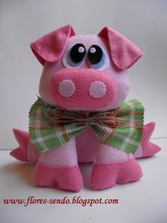 Felt pig #pig #felt #DIY