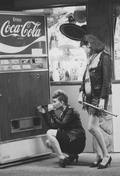 Support your local girl gang. 1950s Teenagers, Teddy Girl, Female Friendship, Bad Girls Club, Bad Gal, Local Girls, Girl Gang, New Wave, White Photography