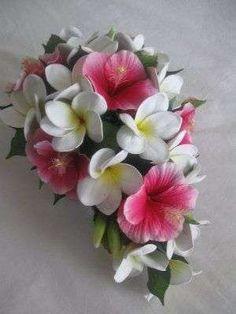 Ramos de novia: fotos diseños con flores hawaianas - Ramo con flores hawaianas para novia