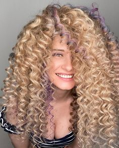 Big Curls For Long Hair, Long Curly, Big Hair, Your Hair, Hairstyle Look, Pretty Hairstyles, Spiral Curls, Fantasy Hair, Permed Hairstyles