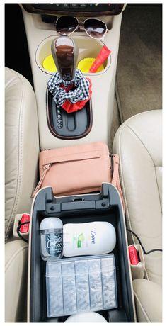 Preppy Car Accessories, Car Interior Accessories, Vehicle Accessories, Car Interior Decor, Car Interior Design, Hair Accessories, Vintage Accessories, Interior Ideas, Sunglasses Accessories