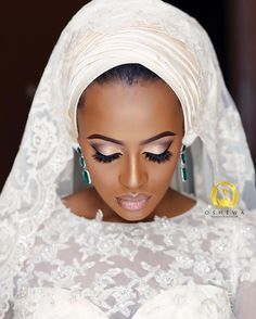 Munaluchi Bride | We love this bridal makeup! And that lippie ✨...